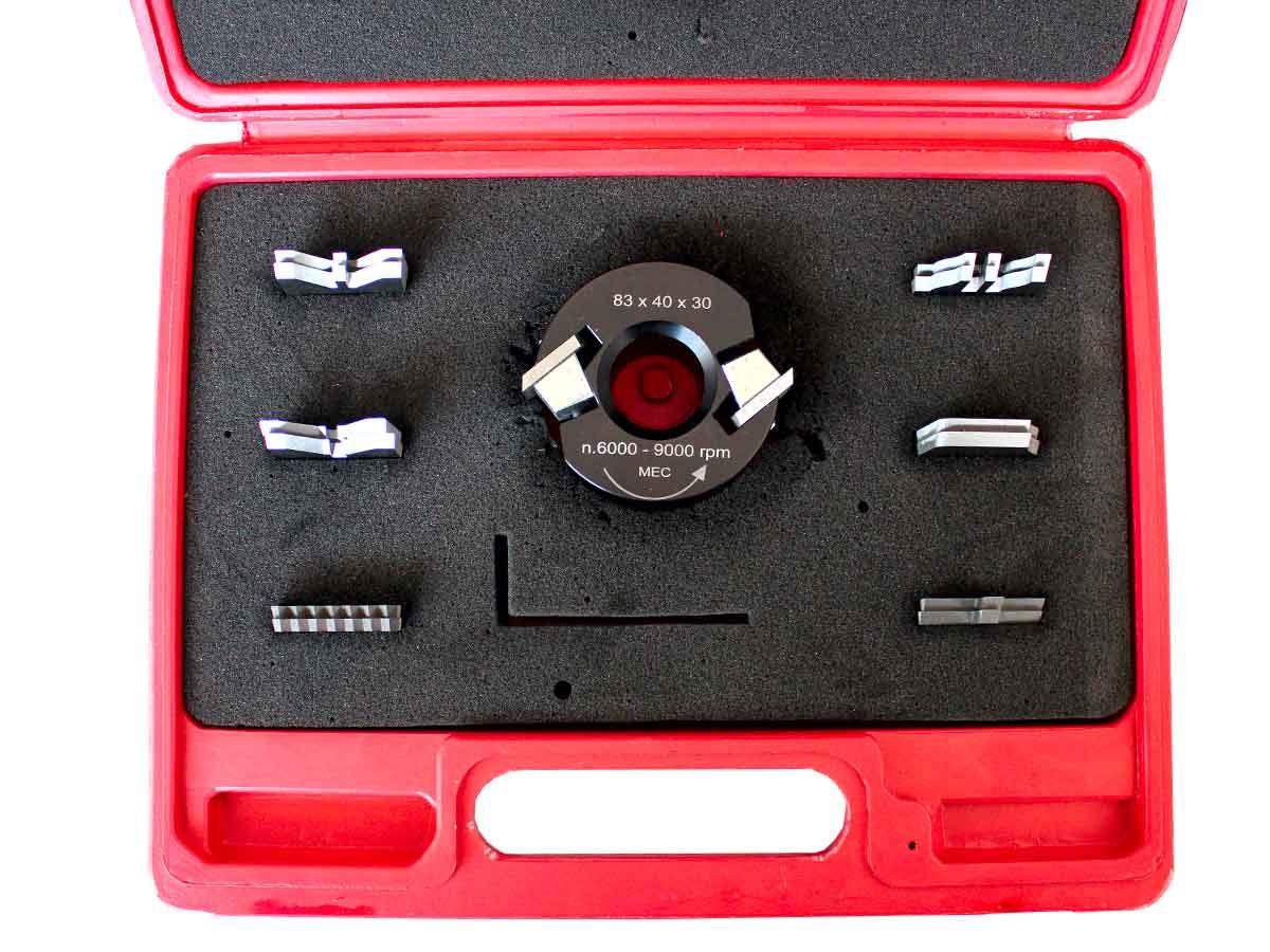 Valigetta porta coltelli per fresa da  legno con la testa porta coltelli di Ø 80 mm e 7 coppie di coltelli toupie