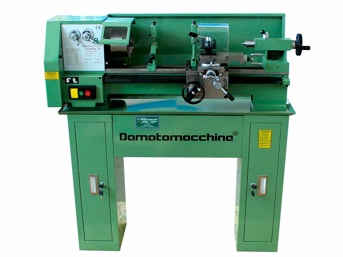 Metalworking Bench Lathe Newton 20 by Damatomacchine